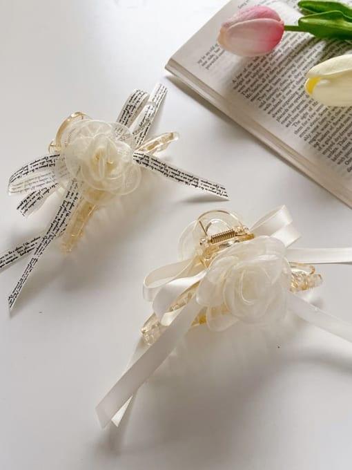 Chimera Alloy Silk Minimalist Flower  Jaw Hair Claw 1