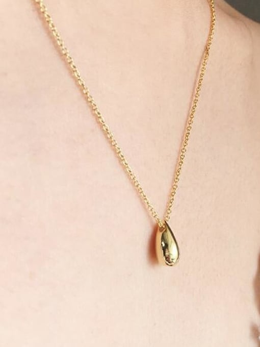 A TEEM Titanium Steel  Smooth Water Drop Minimalist Necklace 3