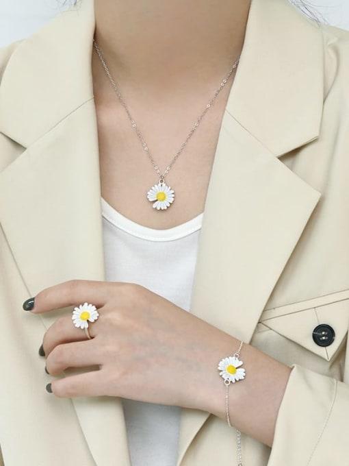 AI Fei Er 925 Sterling Silver Enamel Flower Minimalist Necklace 1