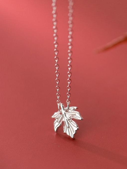 Rosh 925 Sterling Silver Leaf Minimalist Necklace