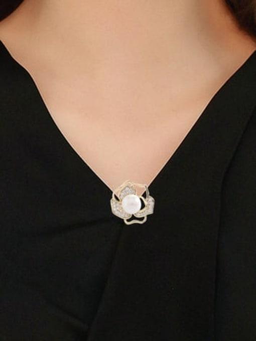 Luxu Brass Cubic Zirconia Flower Minimalist Brooch 1