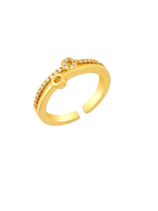 A Brass Rhinestone Round Vintage Band Ring