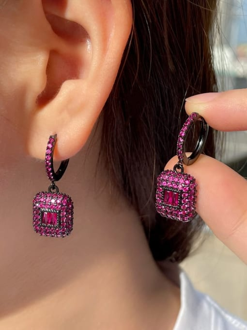 L.WIN Brass Rhinestone Geometric Vintage Huggie Earring 2