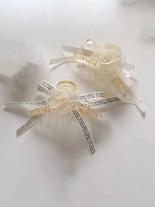 Chimera Alloy Silk Minimalist Flower  Jaw Hair Claw 2