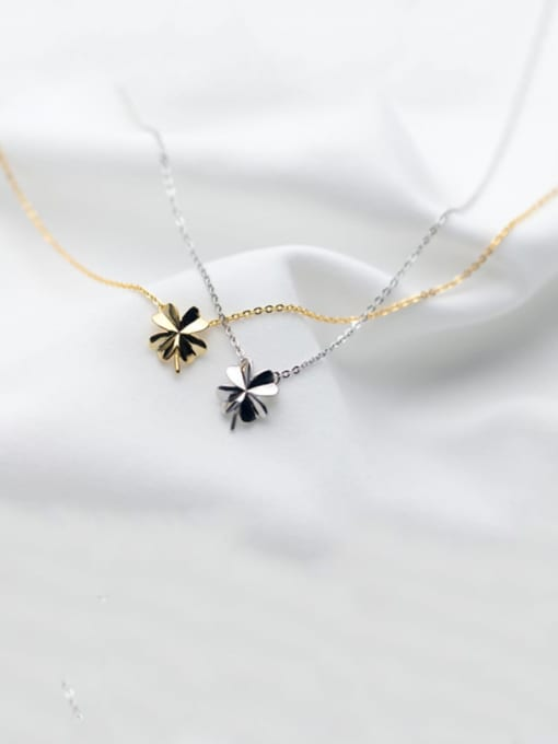 Rosh 925 Sterling Silver Smooth Flower Minimalist Necklace