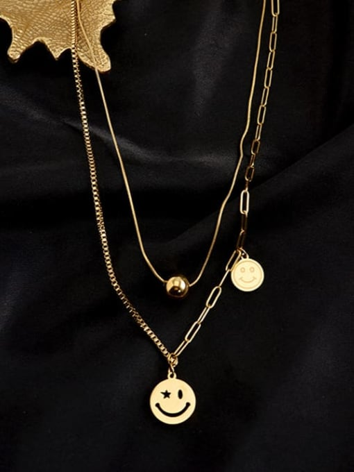 A TEEM The length of the long chain is 486 cm (clavicle chain) and the short chain is 406 cm 1