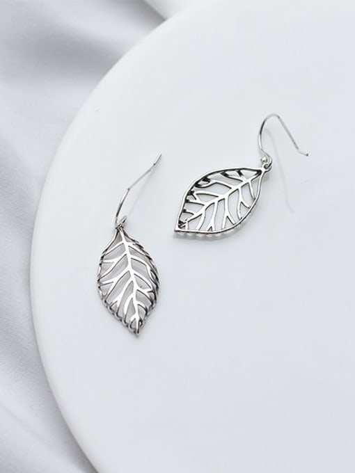 Rosh 925 Sterling Silver Irregular hollow leaves Minimalist Hook Earring