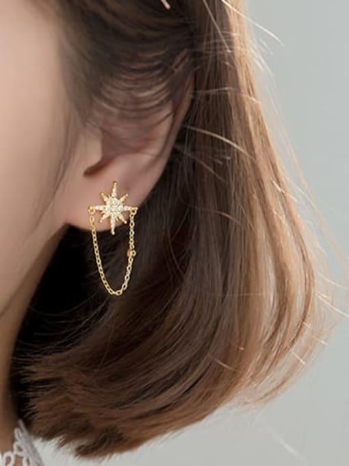 AI Fei Er 925 Sterling Silver Cubic Zirconia Flower Minimalist Stud Earring 2