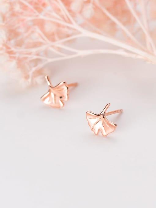 Rosh 925 Sterling Silver Leaf Minimalist Stud Earring