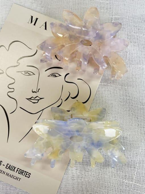 HUIYI Acrylic Minimalist Hollow Flower Jaw Hair Claw 2