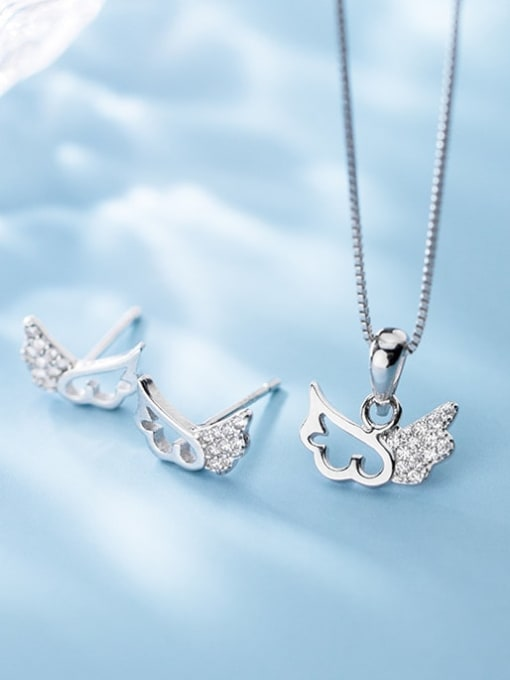 Rosh 925 Sterling Silver Cubic Zirconia Wing Minimalist Necklace