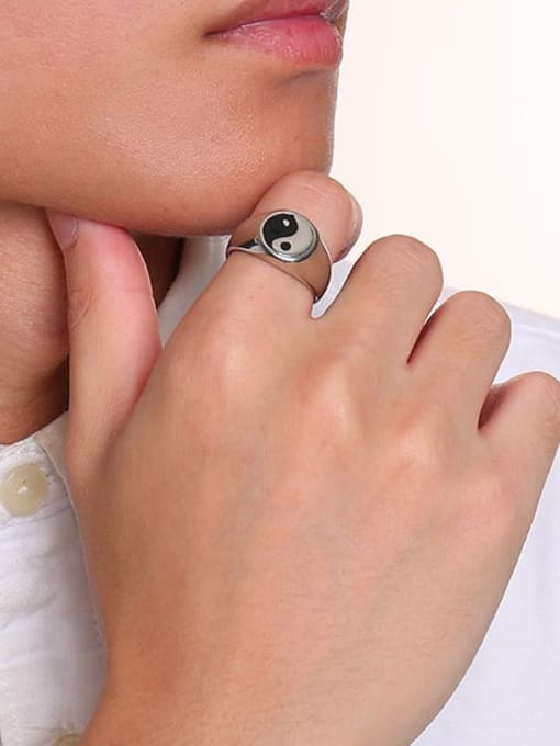 CONG Stainless steel Enamel Geometric Vintage Band Ring 1