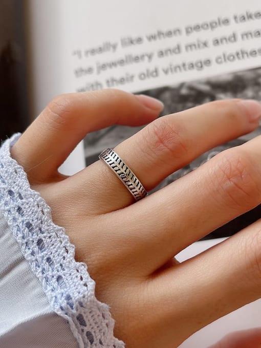 Olive ring J40 1.8g 925 Sterling Silver Irregular Vintage Band Ring