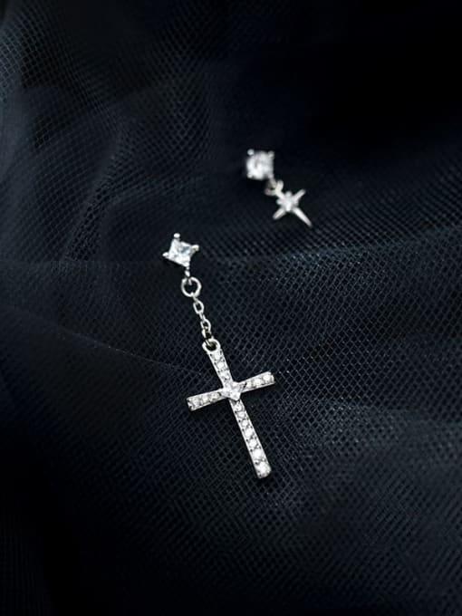 Rosh 925 Sterling Silver Cubic Zirconia Cross Minimalist Stud Earring