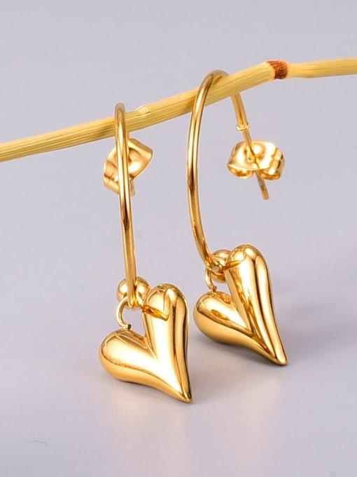 A TEEM Titanium Steel Smooth Heart Minimalist Huggie Earring 2