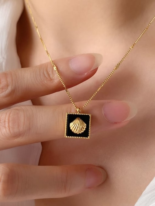 A TEEM Titanium Steel Square Minimalist Necklace 0