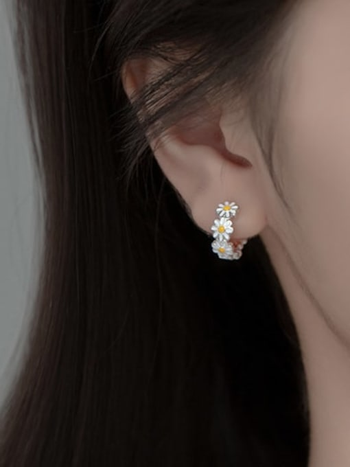 Rosh 925 Sterling Silver Flower Minimalist Huggie Earring 1