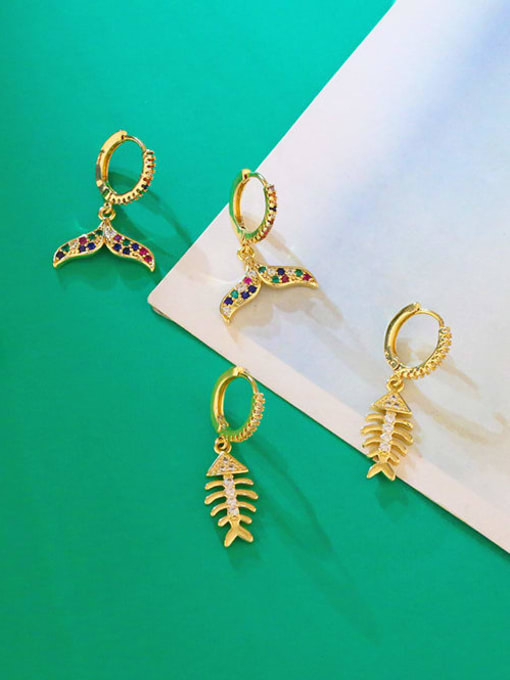 CC Brass Cubic Zirconia Fish tail fish bone Hip Hop Huggie Earring 3