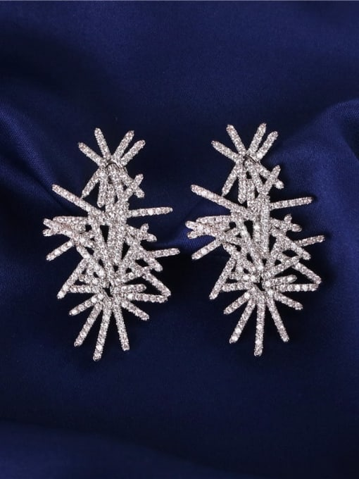 E0941 Brass Cubic Zirconia Flower Luxury Stud Earring