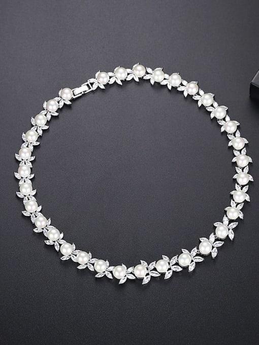 S15050807 Brass Imitation Pearl Flower Luxury Necklace
