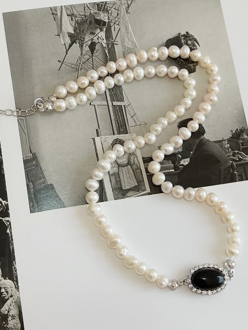 Boomer Cat 925 Sterling Silver Imitation Pearl Oval Vintage Necklace 1