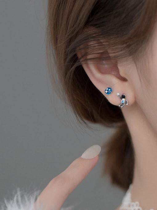 Rosh 925 Sterling Silver Enamel  Minimalist  Star astronaut Asymmetry Stud Earring 1