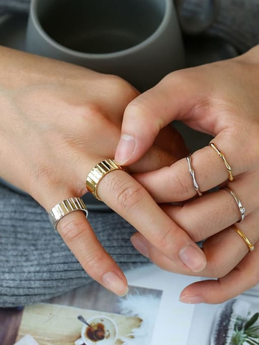 CHARME Brass Round Vintage Band Ring 2