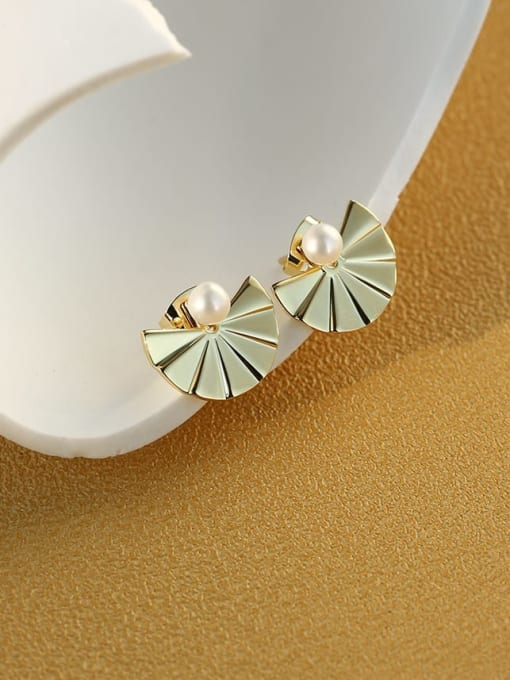 CHARME Bronze Imitation Pearl Geometric Vintage Stud Earring 1