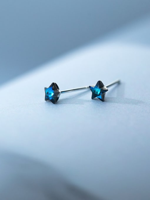 Rosh 925 Sterling Silver Cubic Zirconia Star Minimalist Stud Earring 1