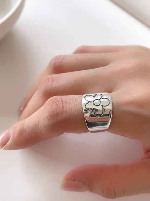 Xiaohuajie j1554 5.8G 925 Sterling Silver Flower Vintage Black Agate  Band Ring