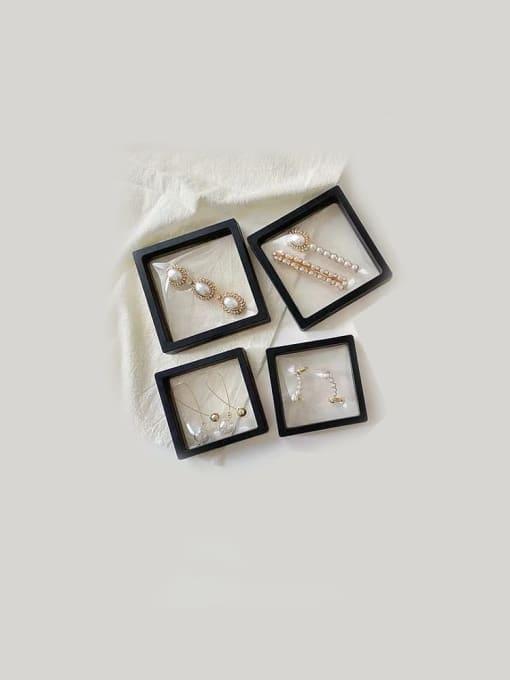 TM Dustproof Suspension Case Transparent Jewelry Box 1