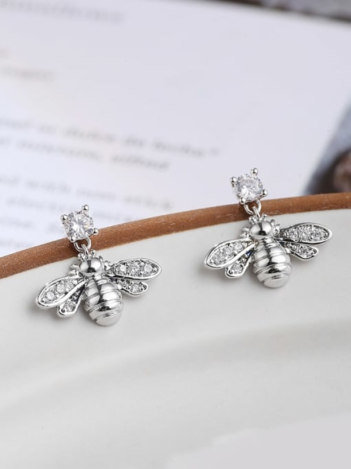 white BEE Brass Cubic Zirconia White Irregular Dainty Stud Earring