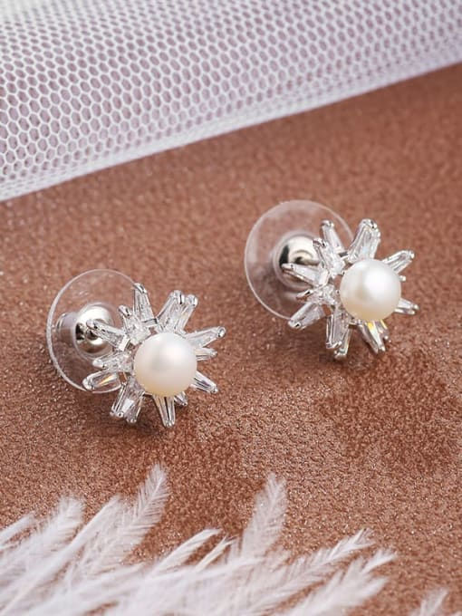 Lin Liang Brass Cubic Zirconia White Irregular Dainty Stud Earring