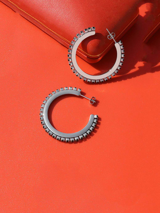 MAKA Titanium Steel Cubic Zirconia Geometric Vintage Hoop Earring 2