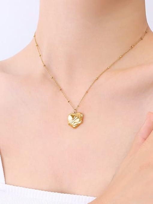 MAKA Titanium Steel Vintage Smooth Heart  Pendant Necklace 1