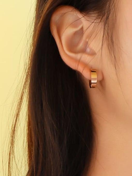 MAKA Titanium Steel Geometric Minimalist Clip Earring 1