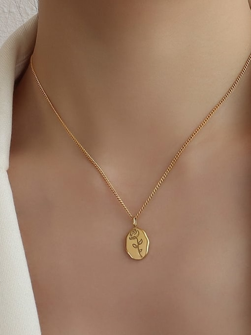MAKA Titanium 316L Stainless Steel Flower Minimalist Necklace with e-coated waterproof 1