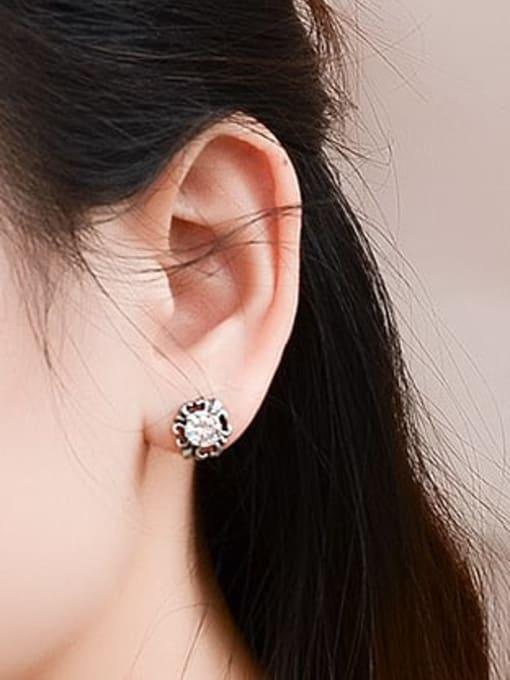 MAKA Titanium Steel Cubic Zirconia Flower Vintage Stud Earring 1