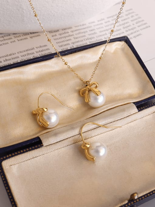 MAKA Titanium 316L Stainless Steel Imitation Pearl Vintage Round  Earring and Necklace Set with e-coated waterproof 2