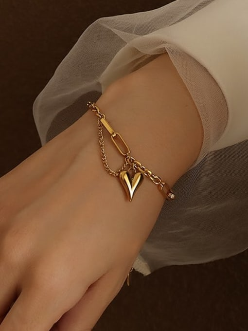 MAKA Titanium Steel Artisan Heart Braclete and Necklace Set 3