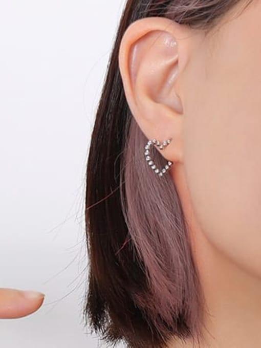 F524 steel Titanium Steel Heart Minimalist Stud Earring