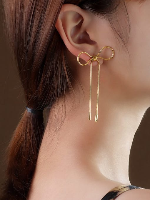 MAKA Titanium 316L Stainless Steel Bowknot Minimalist Threader Earring with e-coated waterproof 1