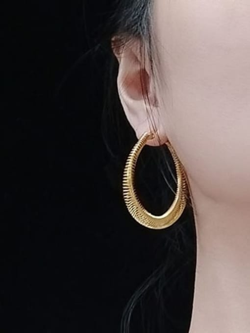 MAKA Titanium Steel Round Vintage Hoop Earring 1