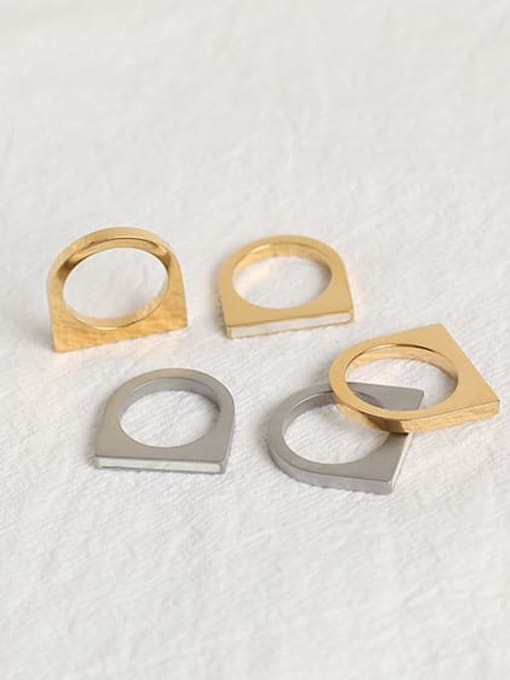ACCA Brass Geometric Vintage Band Ring