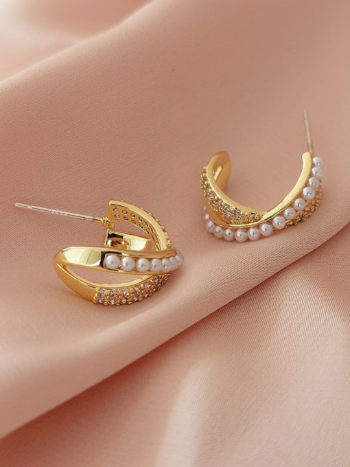 HYACINTH Brass Imitation Pearl Cross Minimalist Stud Earring 2