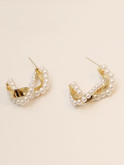 HYACINTH Brass Imitation Pearl Geometric Minimalist Stud Earring 4