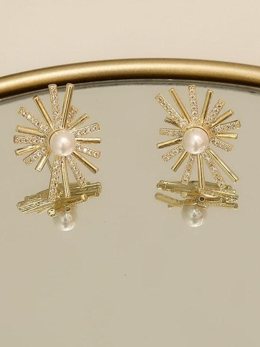 HYACINTH Copper Cubic Zirconia Flower Vintage Stud Earring 2