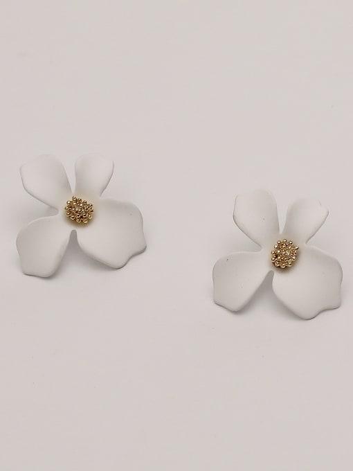 white Brass Enamel Flower Cute Stud Earring