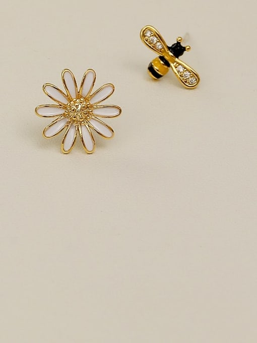 HYACINTH Copper Rhinestone Enamel Cute chrysanthemum Bee asymmetric Stud Earring 3