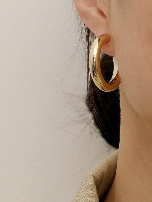 HYACINTH Brass Smooth Geometric Minimalist Hoop Earring 2